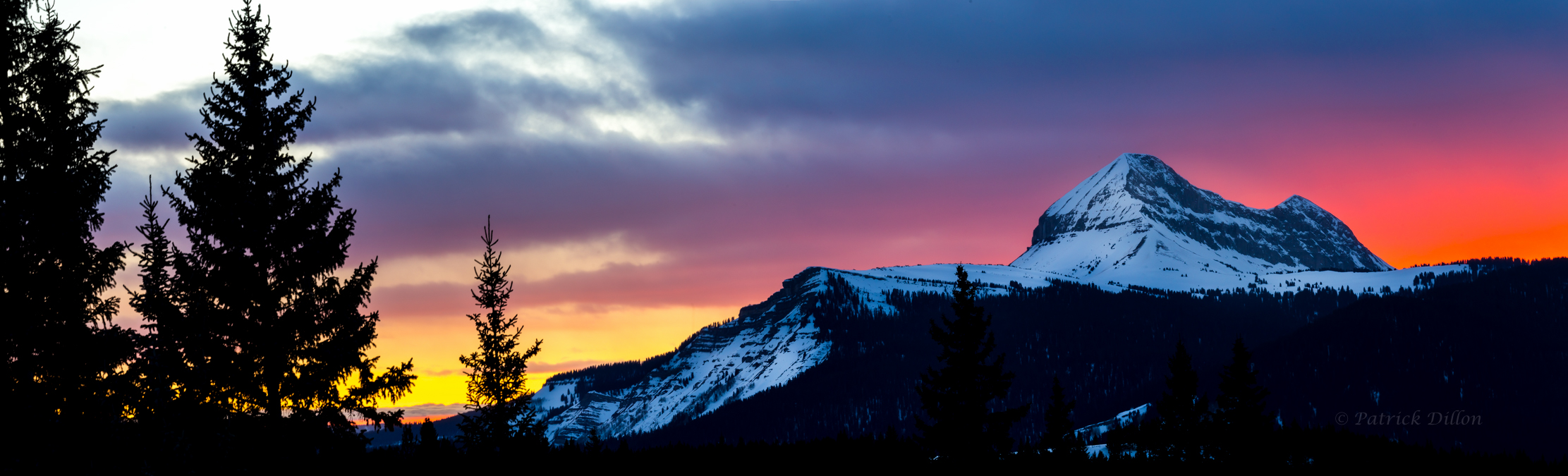 North face Engineer Mountain sunset pano-