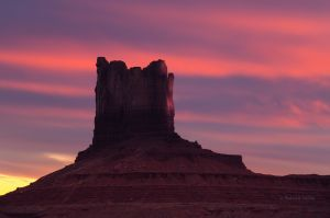 monument valley mitten sunset late pano-7049.jpg